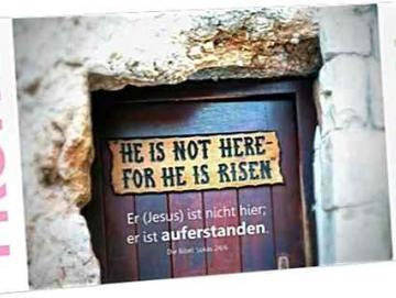 Christliche Osterkarte Maxicard: Tafel an der Tür zum Gartengrab
