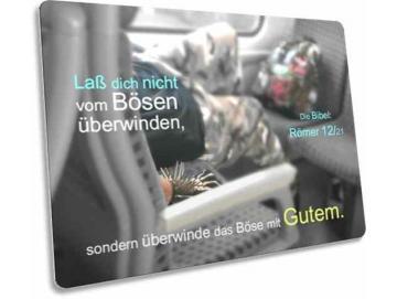 Christliche Postkarte: Bahnreisender mit Stachelarmband