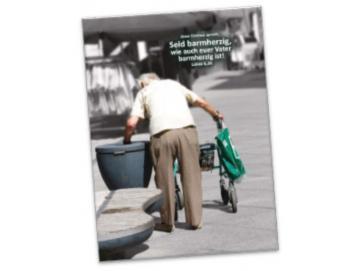 Poster A 2 Jahreslosung 2021: Rentner am Mülleimer