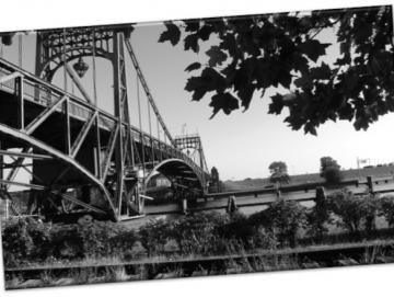 Leinwanddruck: Wilhelmshaven- Kaiser-Wilhelm-Brücke II - in SW
