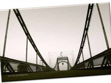 Leinwanddruck: Mitten auf der Kaiser-Wilhelm-Brücke III
