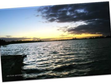 Leinwanddruck: Wilhelmshaven - Banter See in Abendstimmung